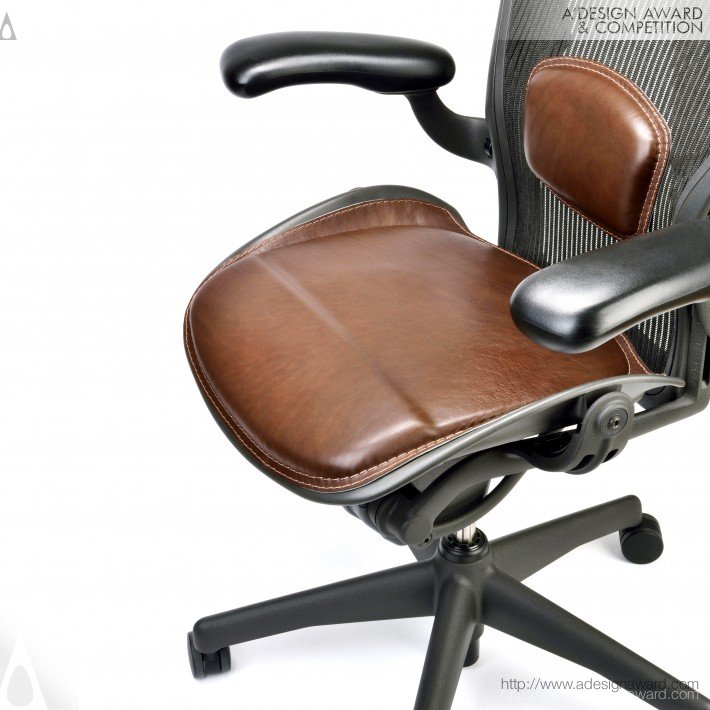 Saddle Collection Aeron Cushion Set by Paolo Roth