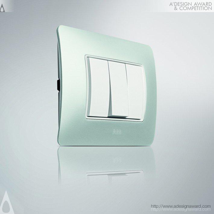 Chiara Xite (Cover Frame Design)