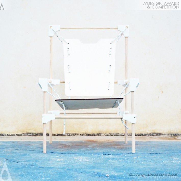 La Smilza (Darwinian Chair Design)