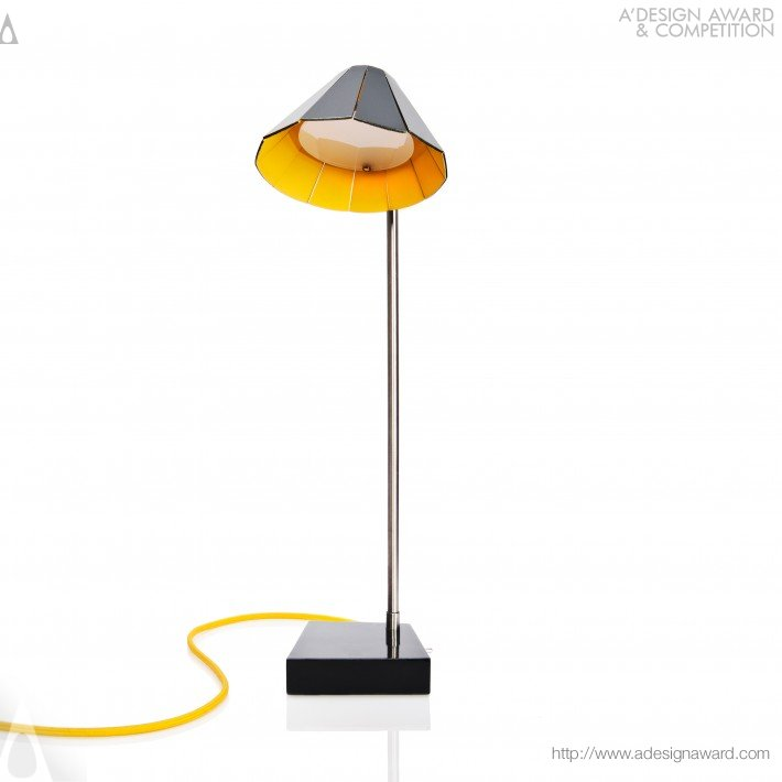 Didi (Table Lamp Design)