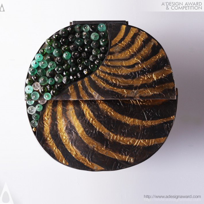 """emerald""-Project Asia Metamorphosis Brooch by Victor A. Syrnev"