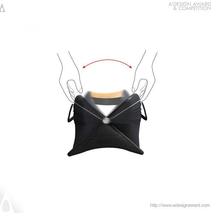 Xit (Transforming Bag For Sitting Design)