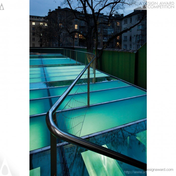 Swimming Pool by Georgi Katov