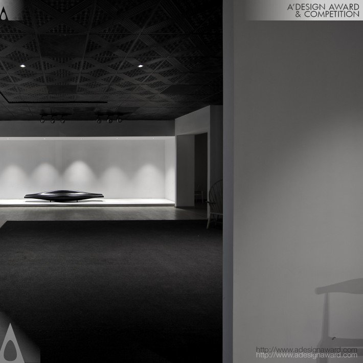 Simplicity (The Product Exhibition Hall Design)