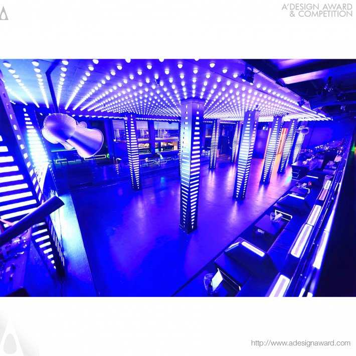 temple-nightclub-by-mitra-gholami