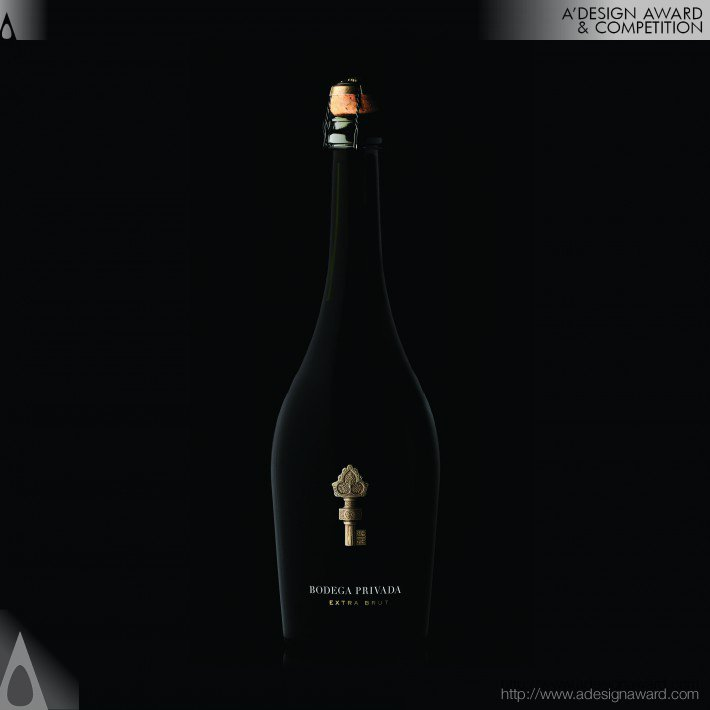 Bodega Privada Champagne Packaging Design by Tridimage