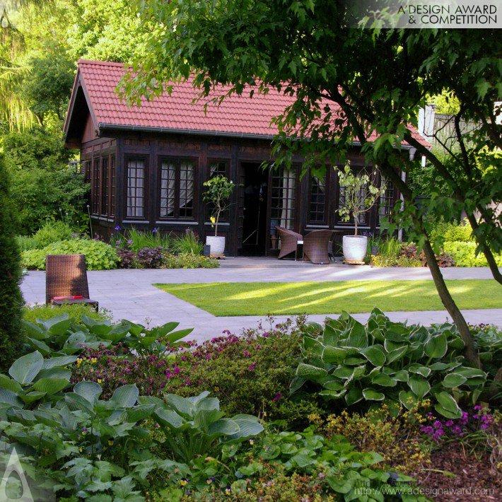 Oasis (Home Garden Design)