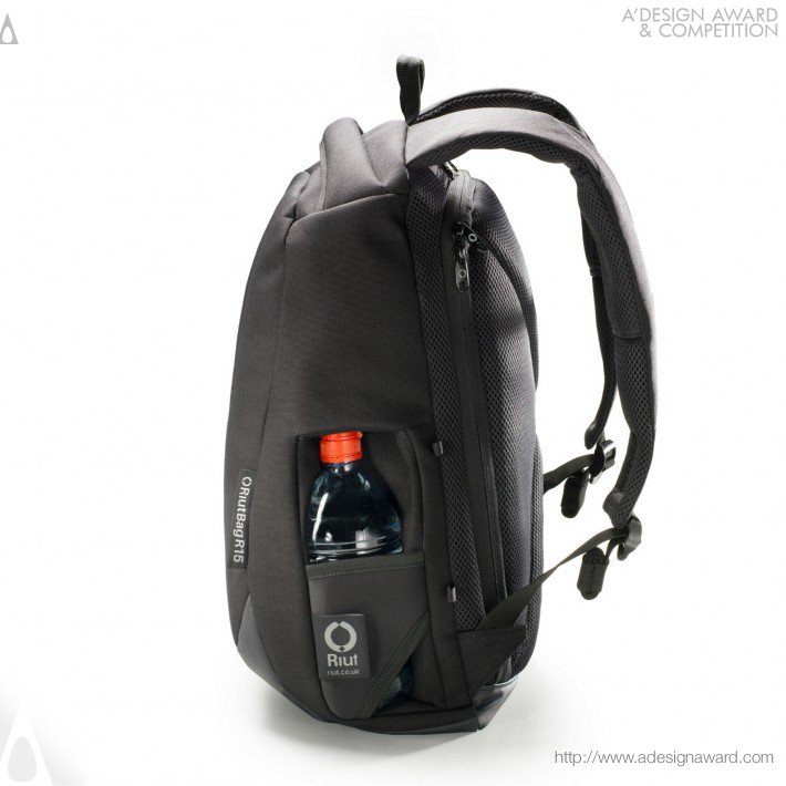 Riutbag R15 (Secure Laptop Backpack Design)