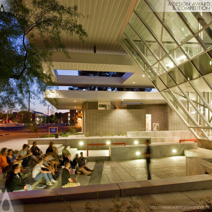 The University of Arizona Poetry Center (Poetry Center/Non-circulating Library Design)