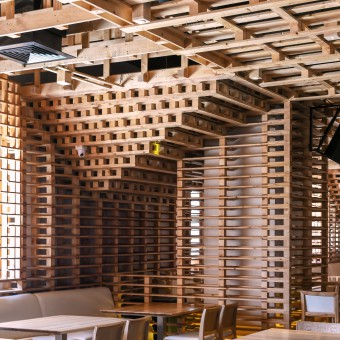 Pallet Restaurant and Micro Brewery on Pallet Design  id=16834