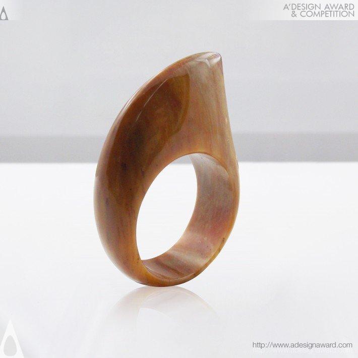 Shark (Stone Ring Design)