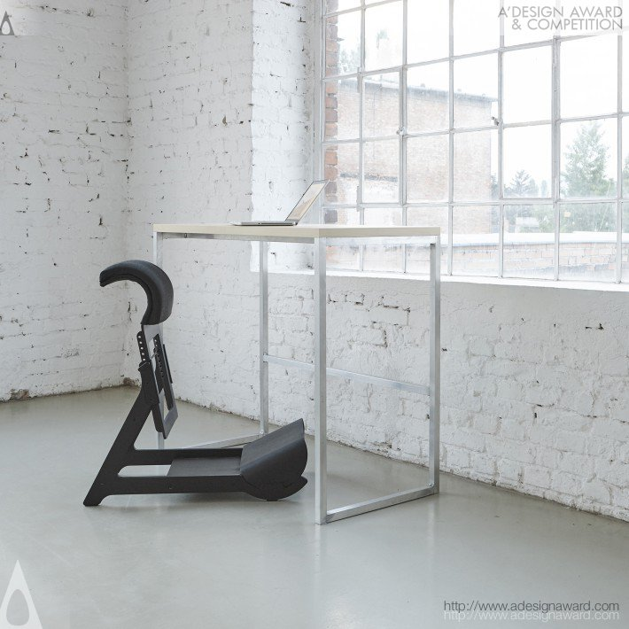 Experimental Standing Chair by Ariel Levay