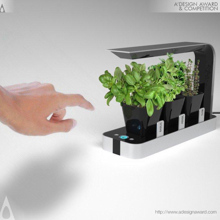 Bb Little Garden (Growing Lamp Design)